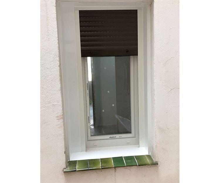 Remate exterior en ventana de PVC en Zaragoza