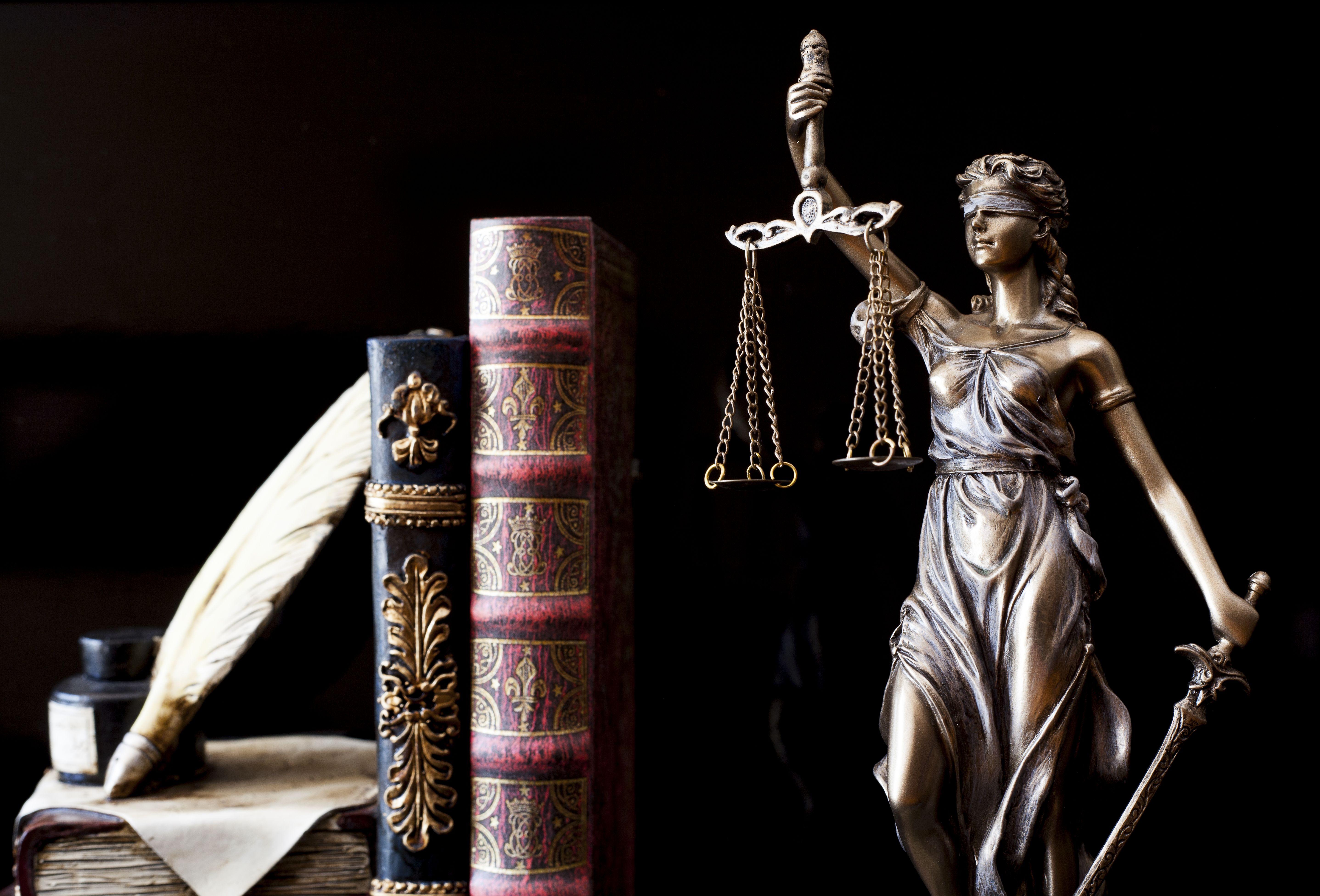 Derecho penal: Áreas de servicio de Roca Abogados
