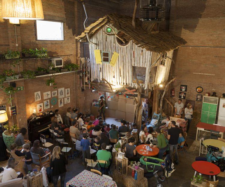 Restaurante con espectáculo en Vic
