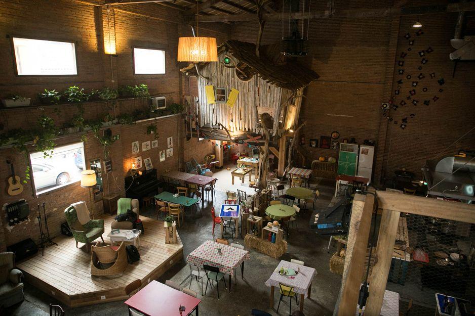 Interior de nuestro restaurante vegetariano en Vic