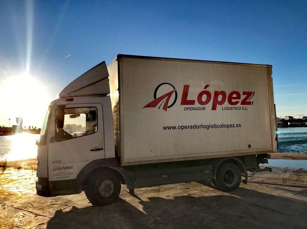 Foto 5 de Transportes de mercancía por grupaje o cargas completas en 46950 Xirivella | OPERADOR LOGÍSTICO LÓPEZ S.L