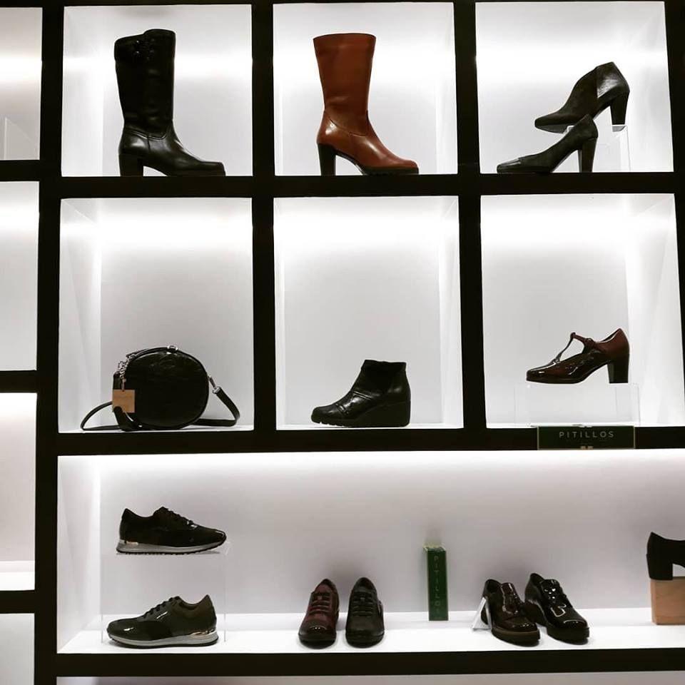 Zapatos de mujer en Bullas