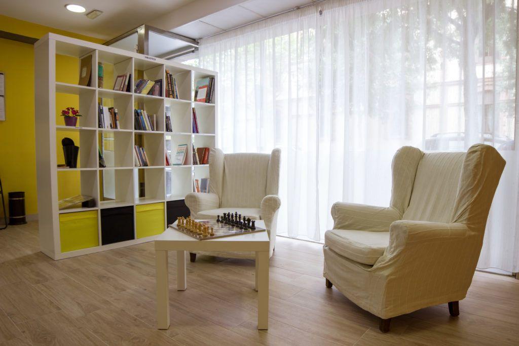 Centros de día para mayores en Eixample, Barcelona