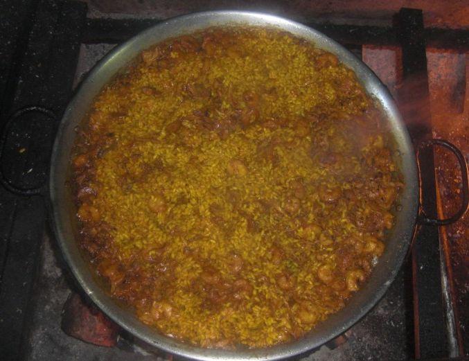 Paellas a leña: tapas mediterraneas de Restaurante Llevant