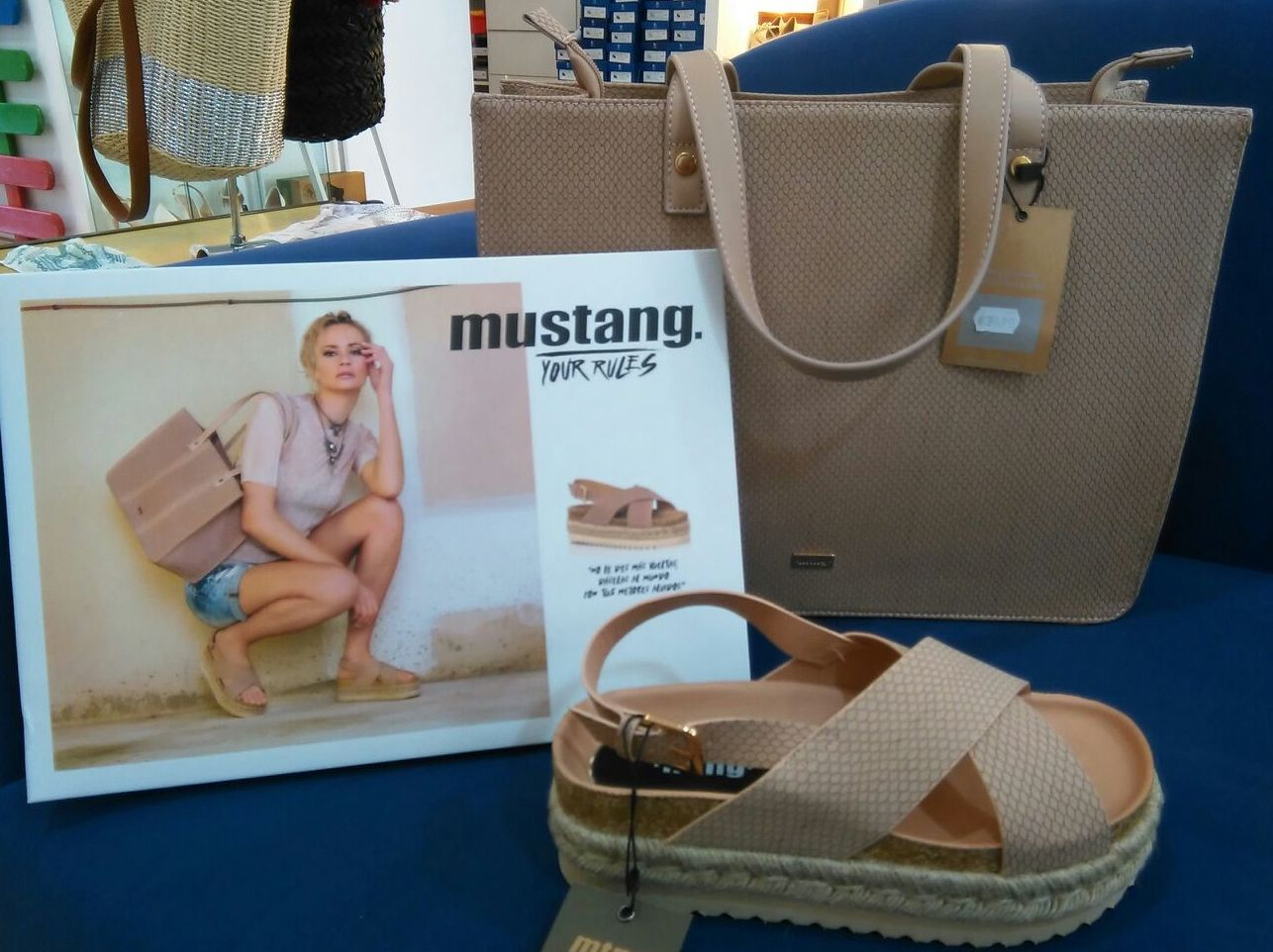 Mustang: Productos de Nou Pass
