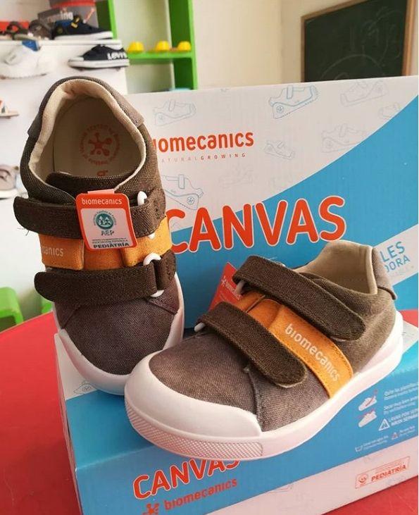 Canvas. zapatillas deportivas infantiles