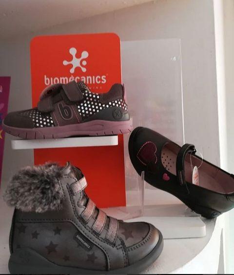 Zapatos para niña en Lleida