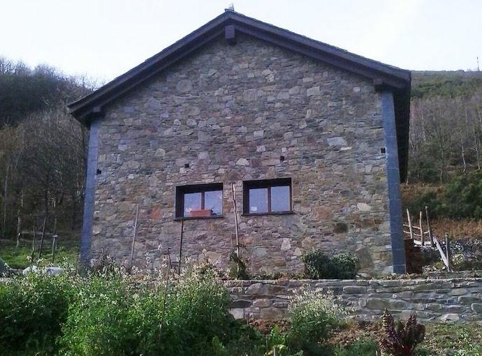 Rehabilitación y restauración de muros y cubiertas