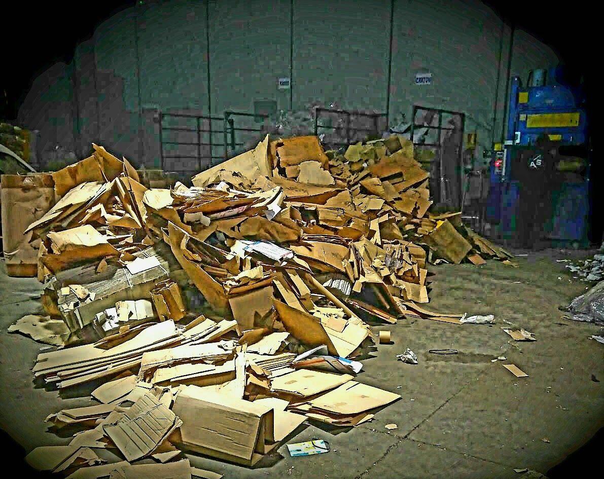Plástico y cartones: Servicios de Recuperaciones A. Sánchez