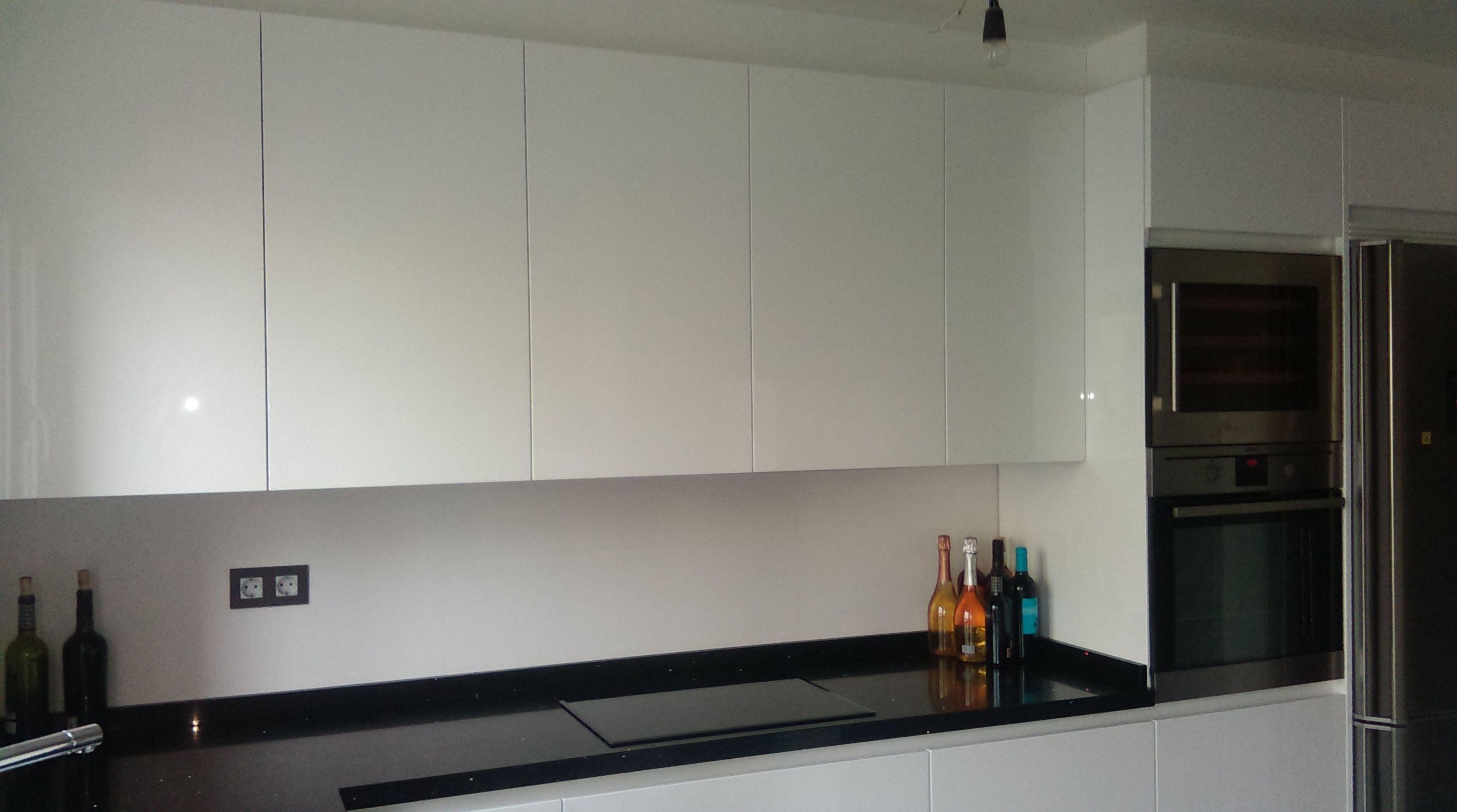 Foto 3 de Muebles de baño y cocina en Logroño ...