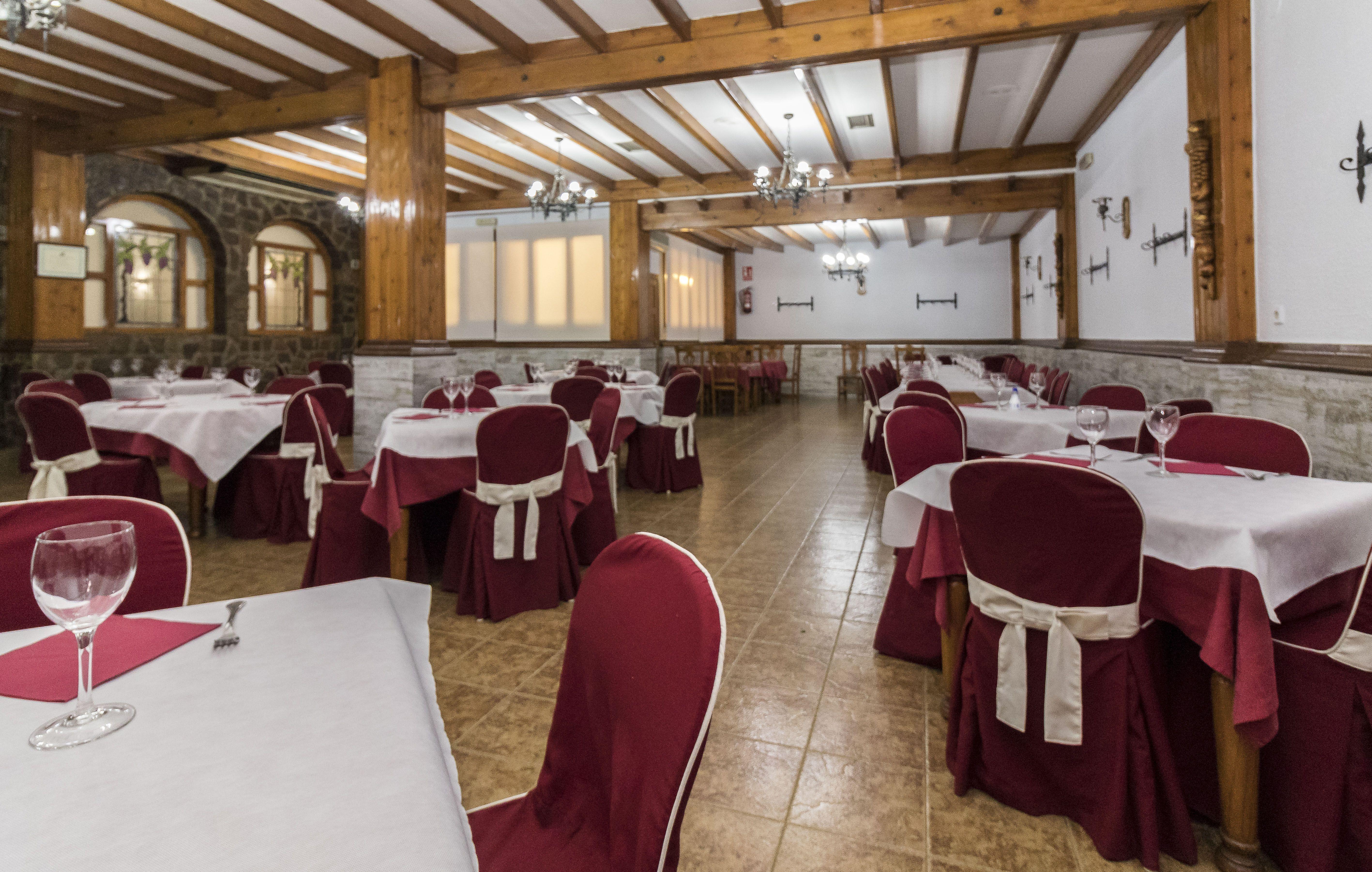 Restaurante con salones para banquetes en Yecla