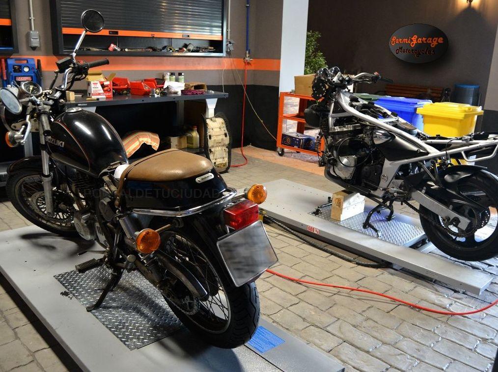 Servicio de recogida y devolución: Servicios de Sarmigarage Motorcycles