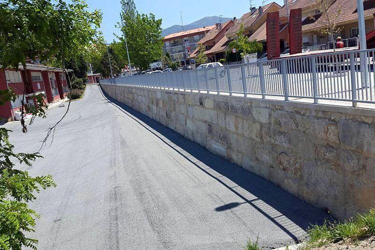 Construcción de muros de contención de piedra