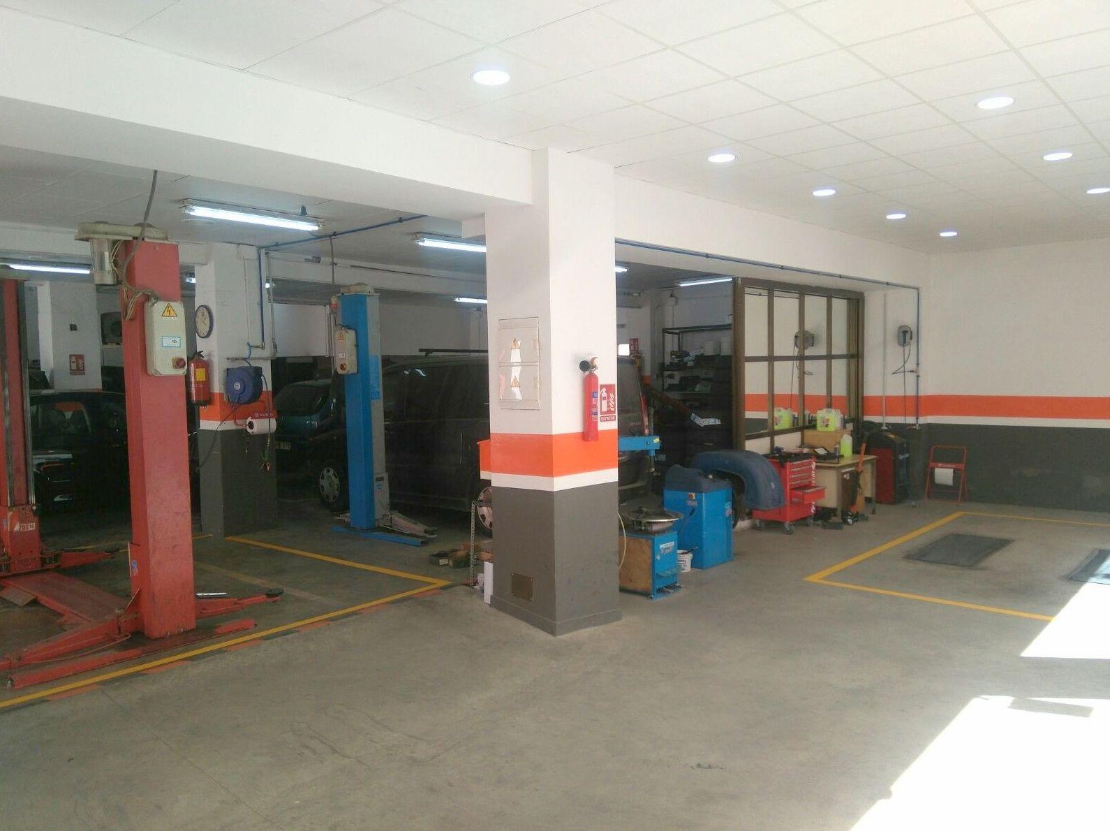 Foto 1 de Mecánica en general en Cartagena | Peralmotor, S.L.