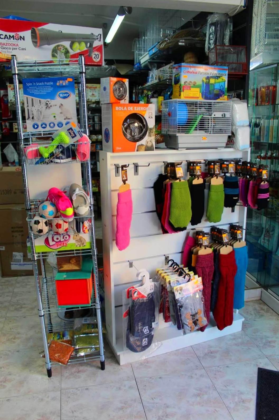 Tienda de animales en  Castelldefels