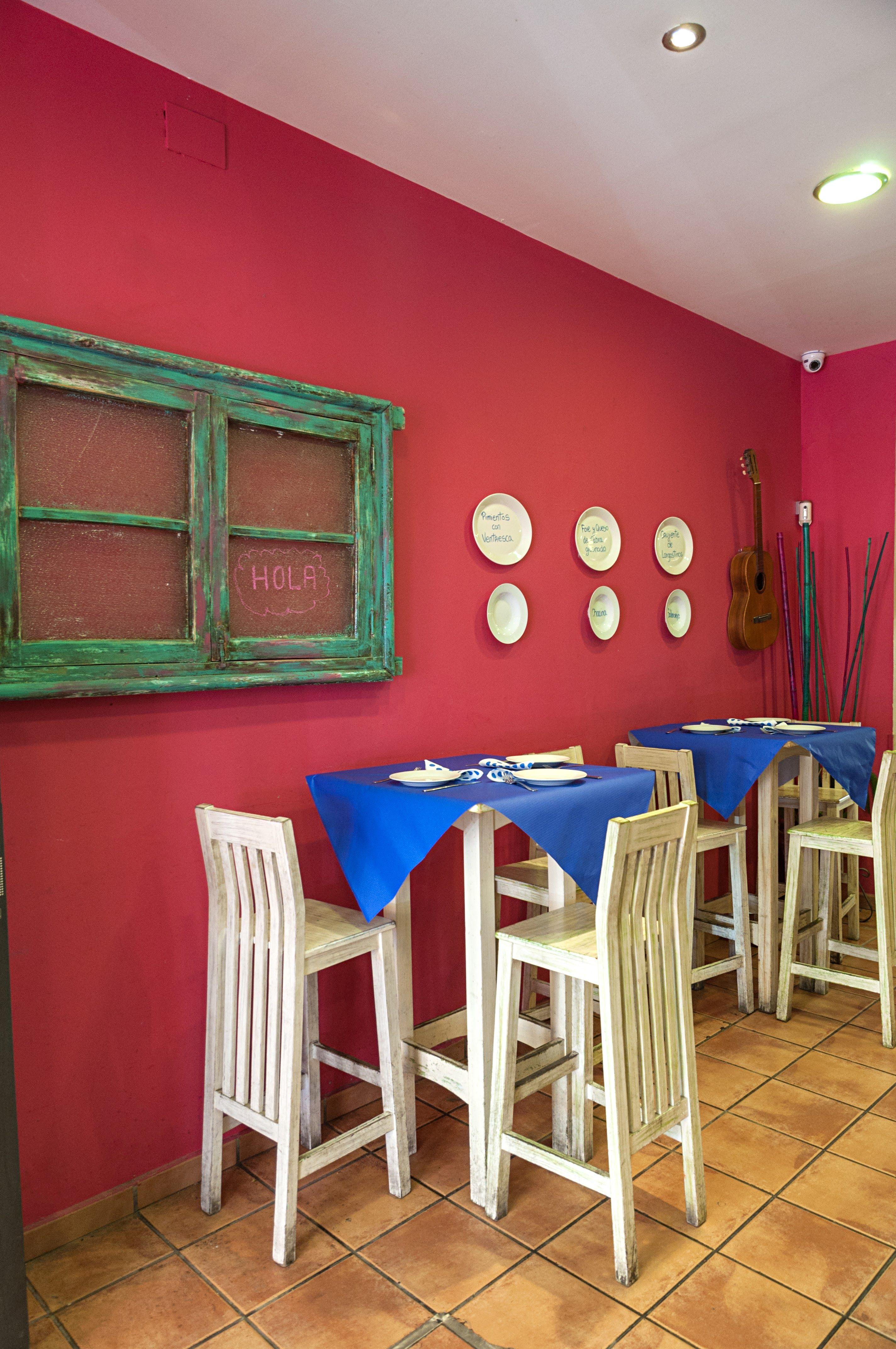 Foto 2 de Restaurantes espectáculo en Sevilla | Lola Cazerola