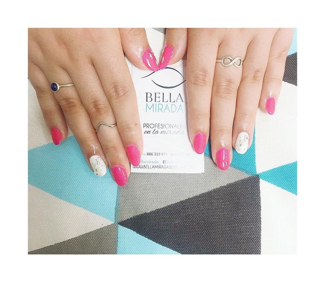Foto 5 de Depilación con hilo y extensión de pestañas en  | Bella Mirada