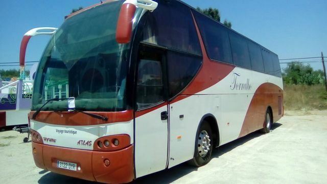 Autocares para excursiones en Camarena