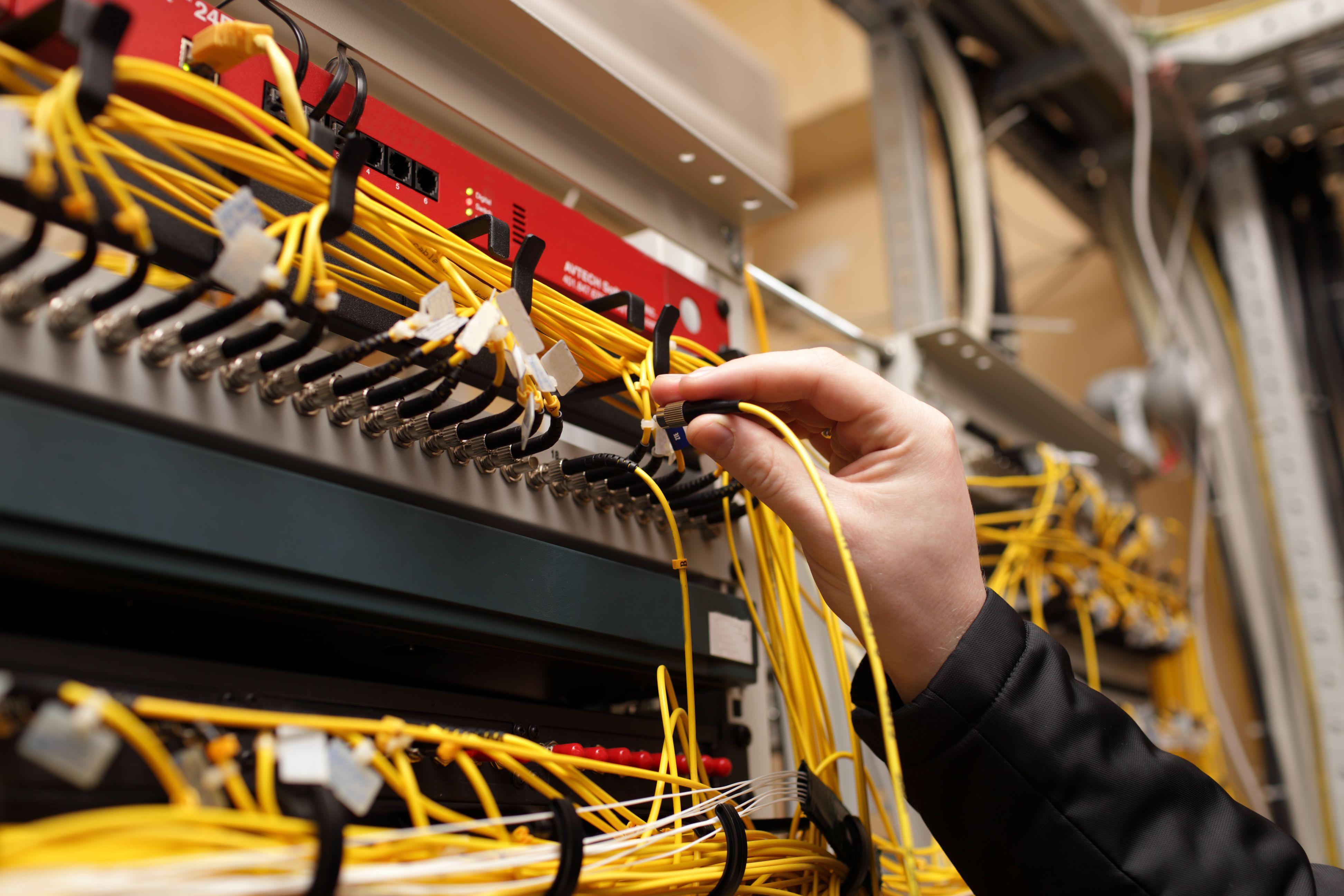 Fabricación de armarios y cuadros eléctricos