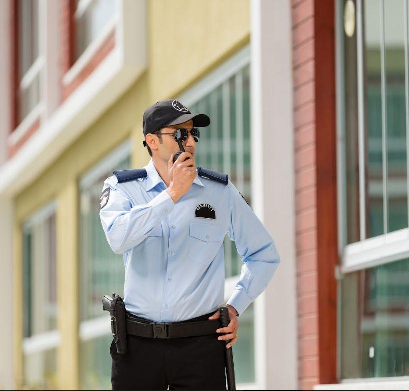 Seguridad: Servicios de Juaner Multiservicios
