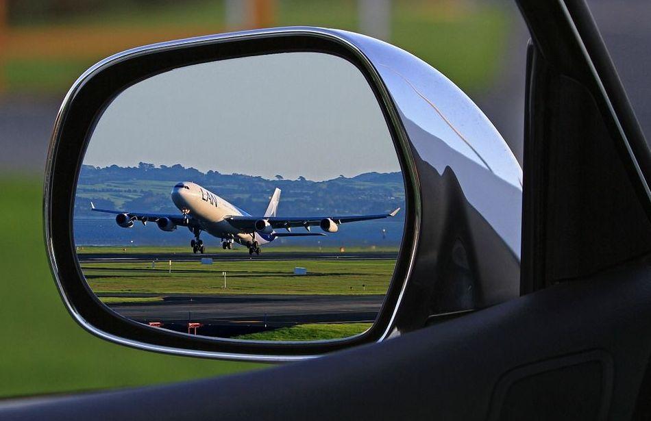 Servicio en aeropuerto : Servicios de Taxi Lucena