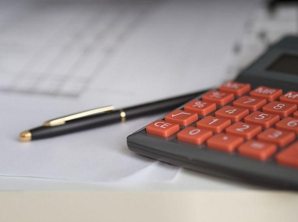Área fiscal : ¿Qué hacemos? de Pavia Asesores