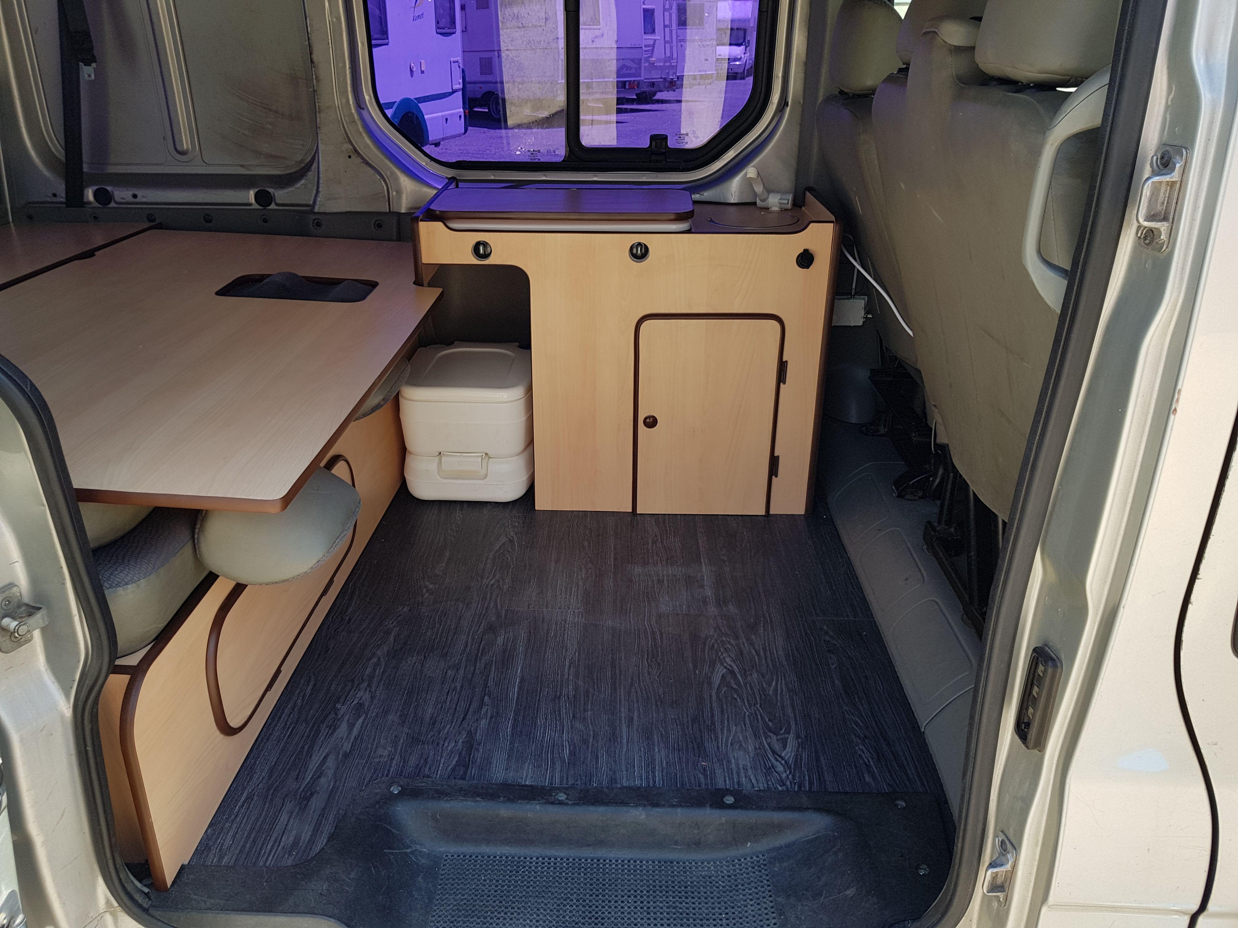 Foto 21 de Taller de furgonetas camperizadas y caravanas en Vecindario | SMV Camper