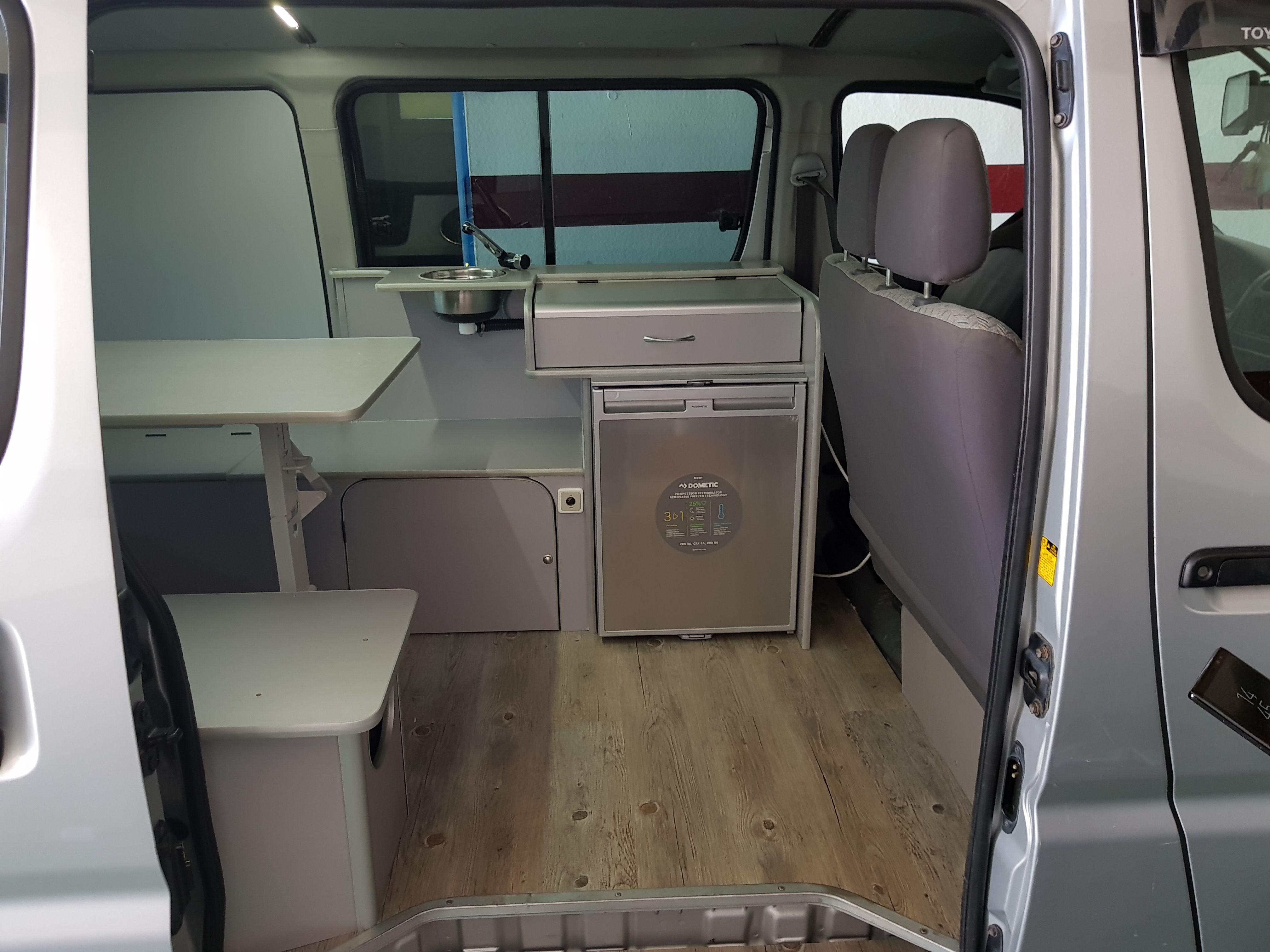 Foto 19 de Taller de furgonetas camperizadas y caravanas en Vecindario | SMV Camper