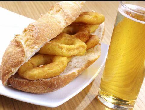 Bocatas: Especialidades de Bar La Cantina