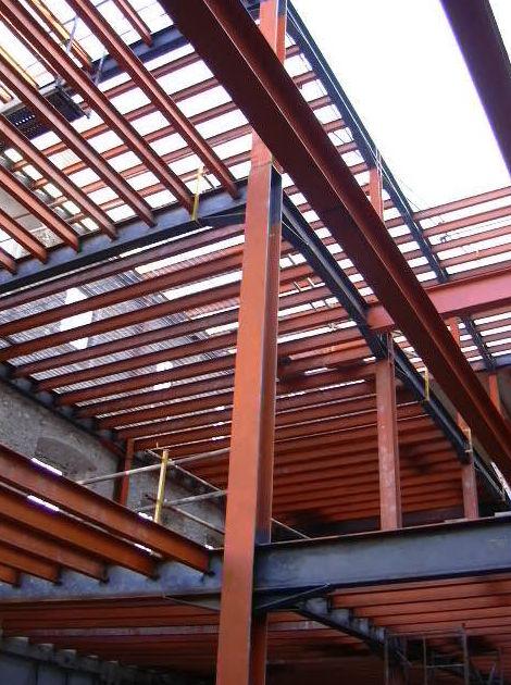 Diseño y cálculo de estructuras: Servicios y Proyectos de Estructures Metal.Liques Quintana, S. A. U