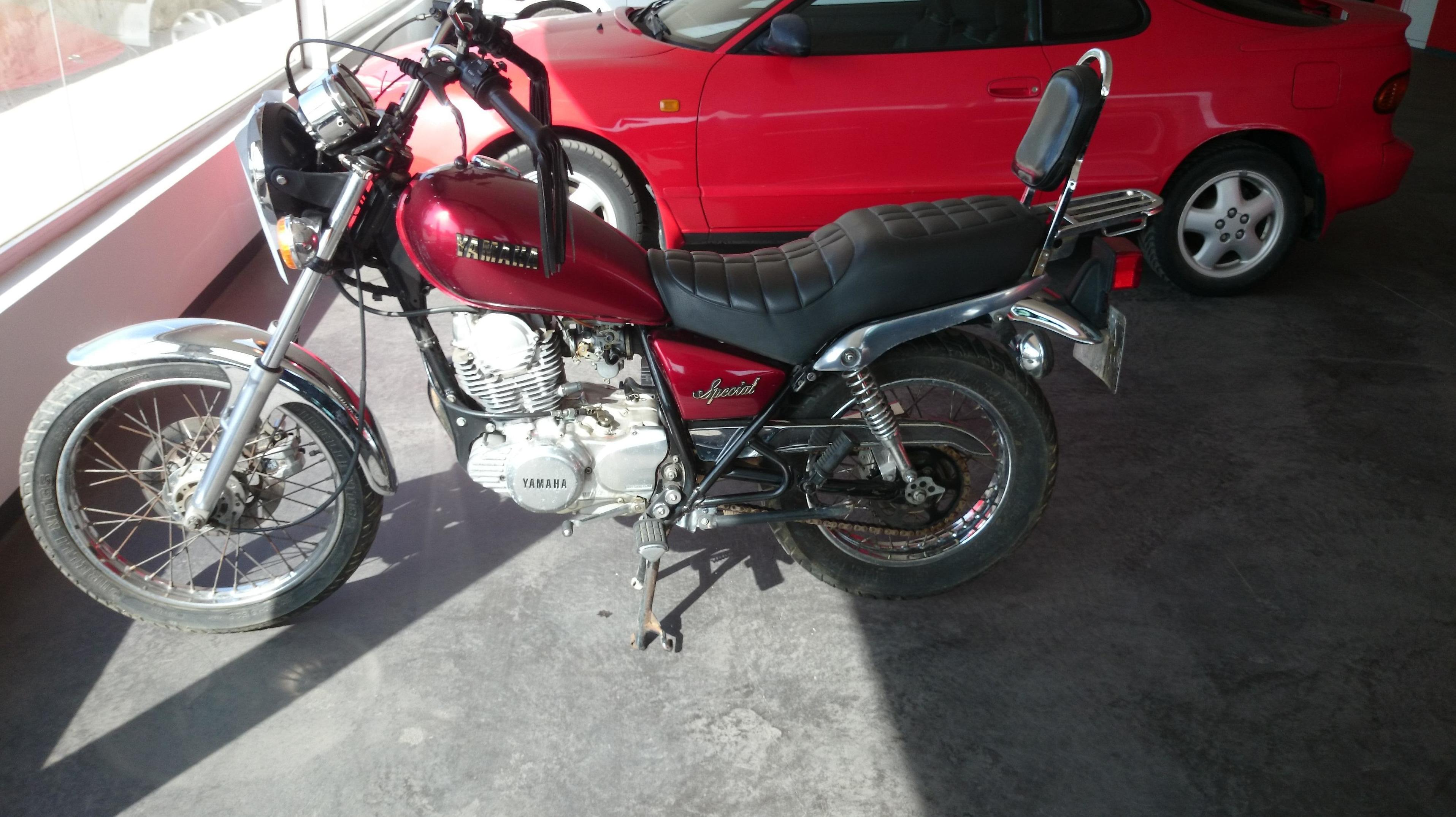Yamaha Special 250 cc. 1991: PRODUCTOS Y SERVICIOS  de Autotaxi Eliseo