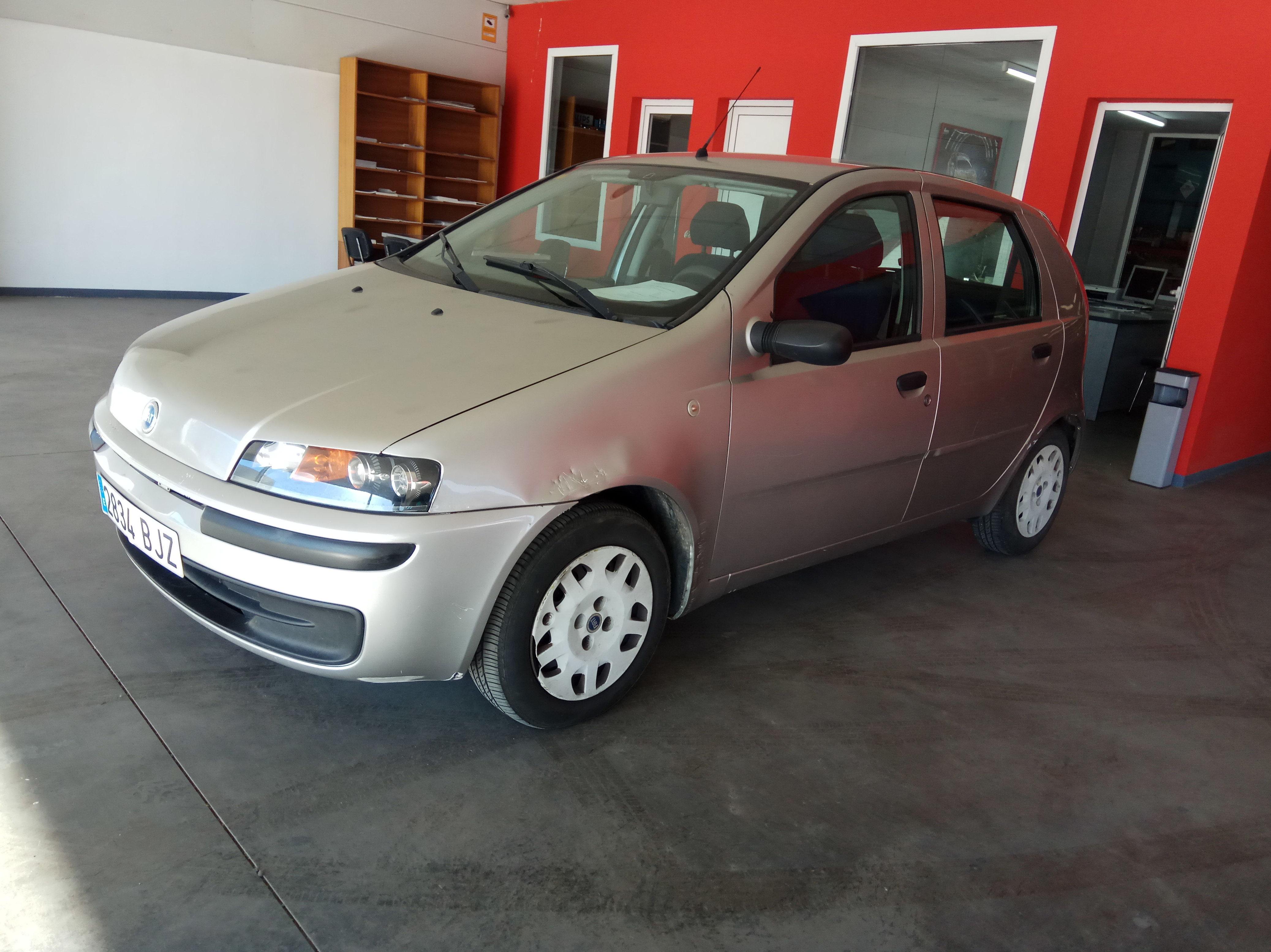 Fiat Punto: Servicios  de Autotaxi Eliseo