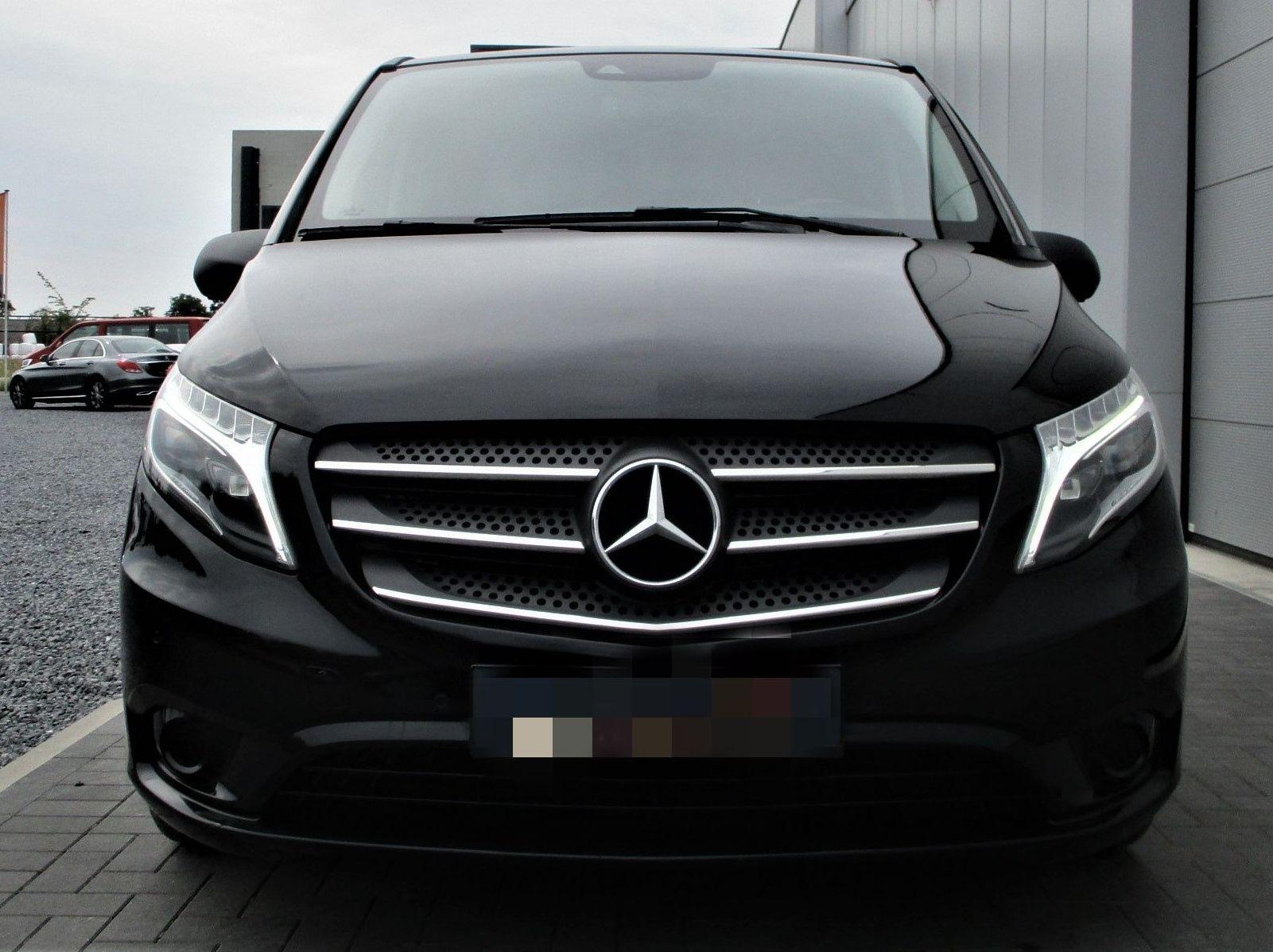 Taxi 9 Plazas: Mercedes Vito Select Extralarga: PRODUCTOS Y SERVICIOS  de Autotaxi Eliseo