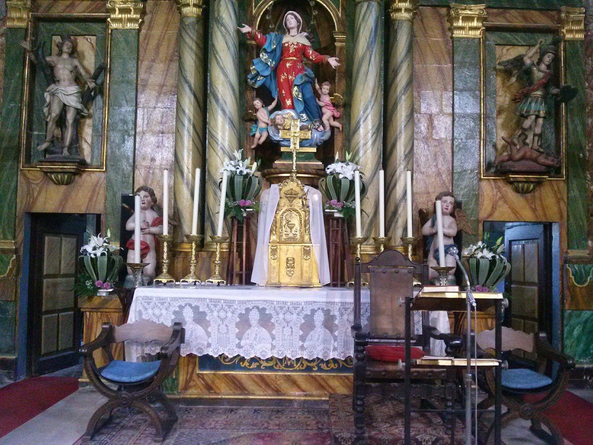 Decoración de iglesias Barro