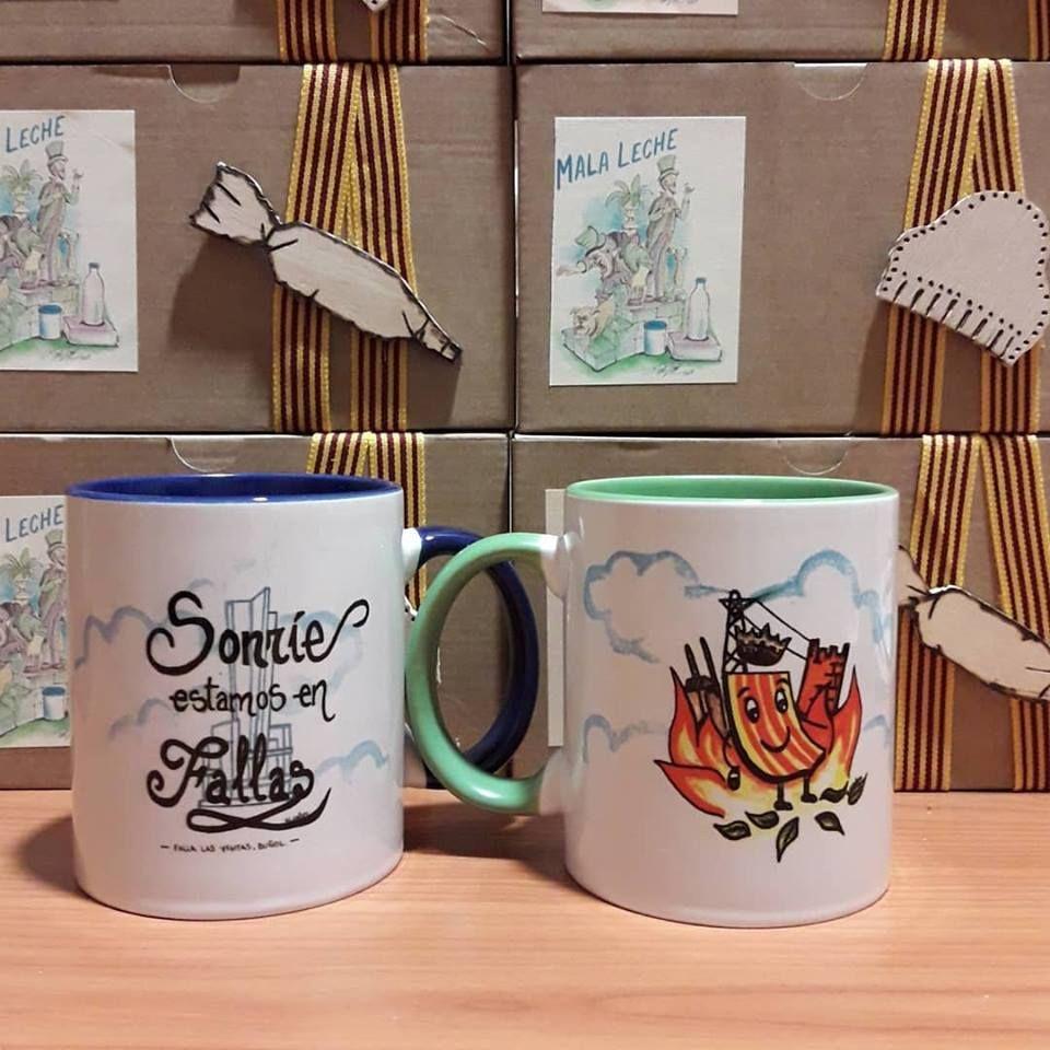 Grabados en tazas de cerámica en Buñol