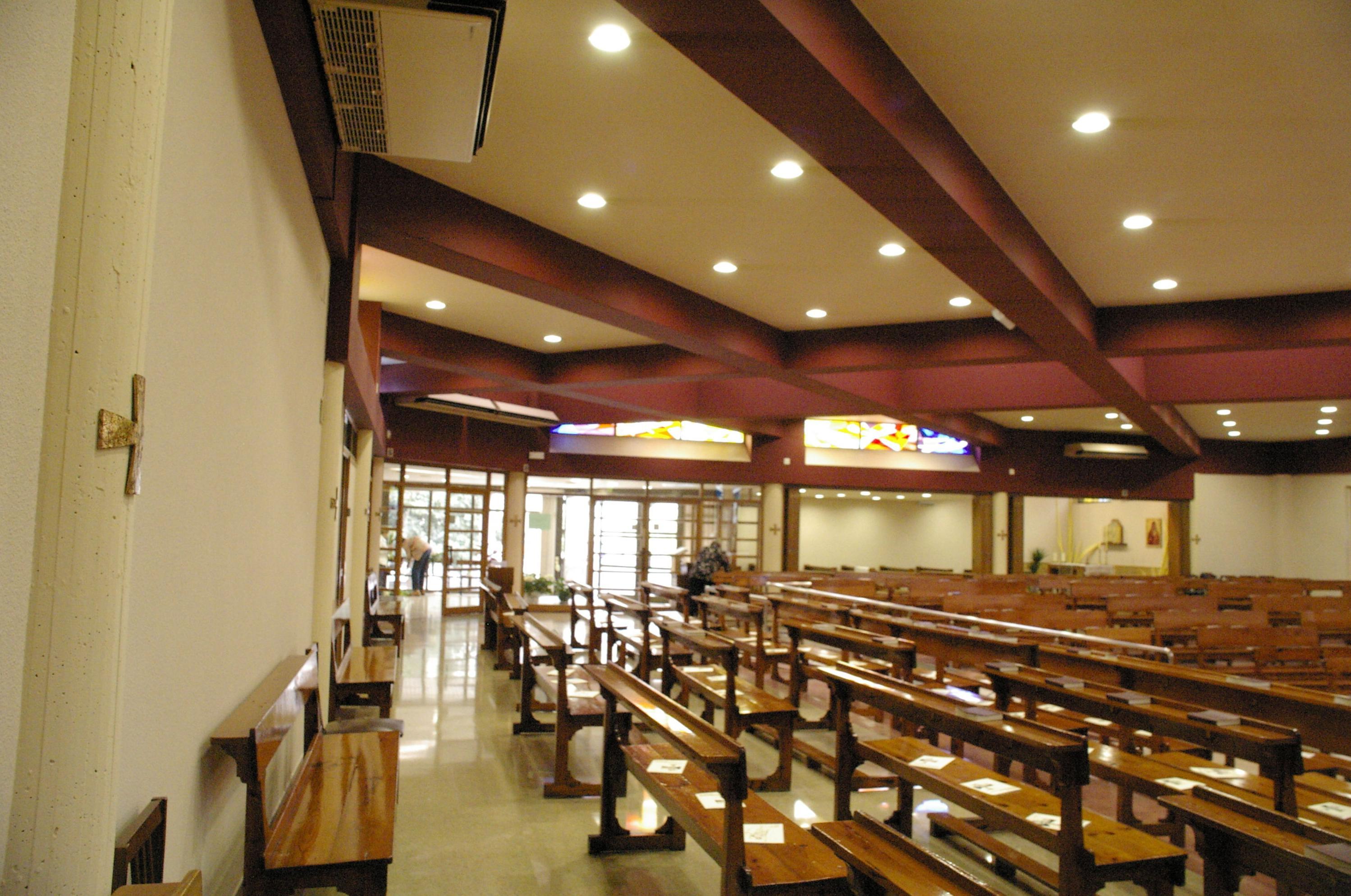 Reforma de la iluminación de la Parroquia de Cristo Rei en Reus