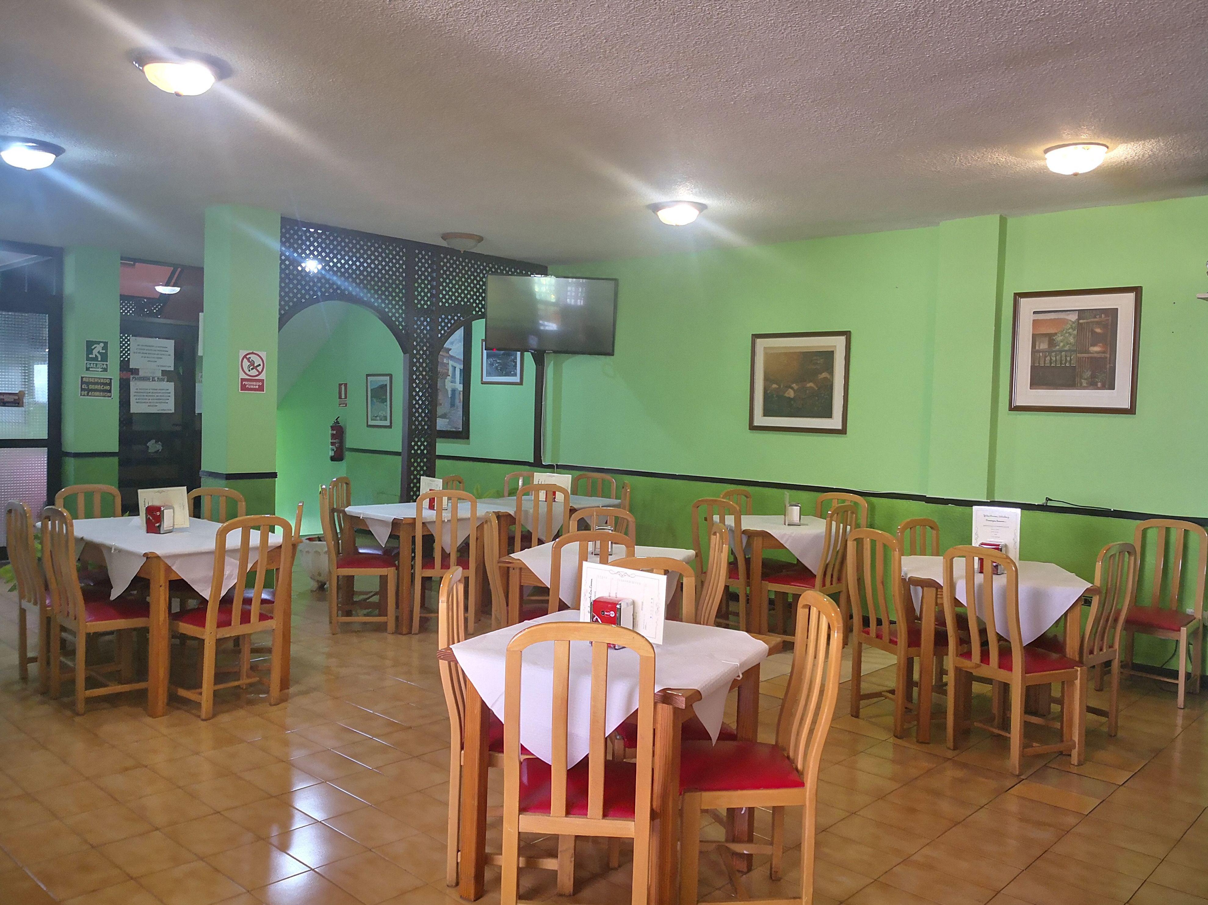 Foto 2 de Restaurante en San Sebastián de La Gomera | Restaurante Los Leones