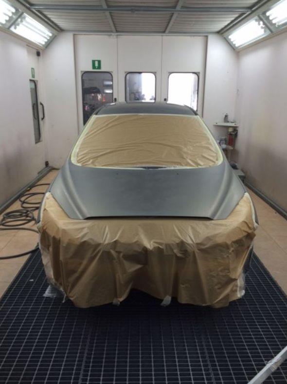 Disponemos de box de pintura para automóviles