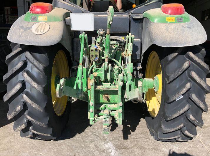 Neumáticos agrícolas en Jaén