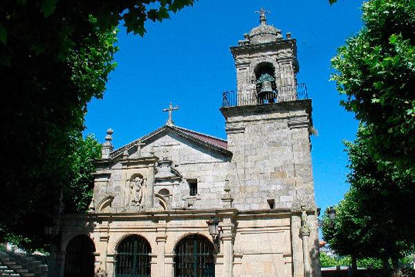 Limpieza fachada de la iglesia de Santa Cristina de Lavadores