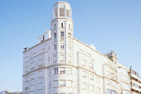 Limpieza fachada del Hotel Lisboa