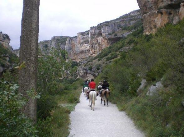 Rutas a caballo por la Foz de Arbayún