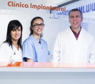 Nuestro Equipo: Servicios de Clínica Implanteoral Milladoiro
