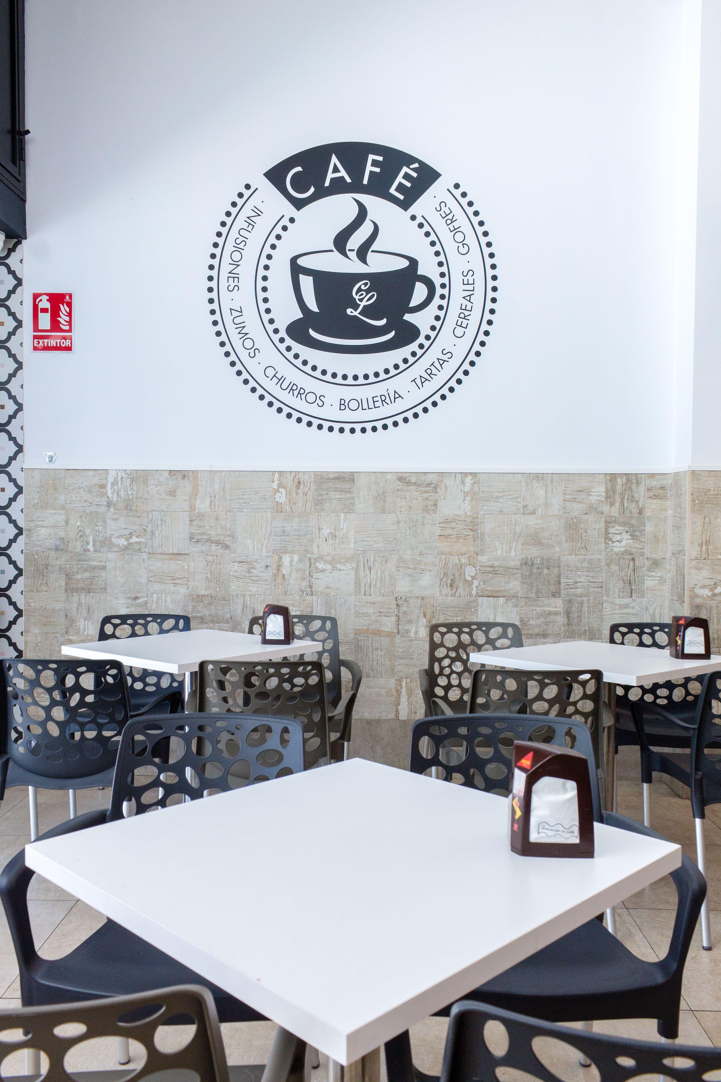 Zona cafetería y churrería del Restaurante Casa Lobato