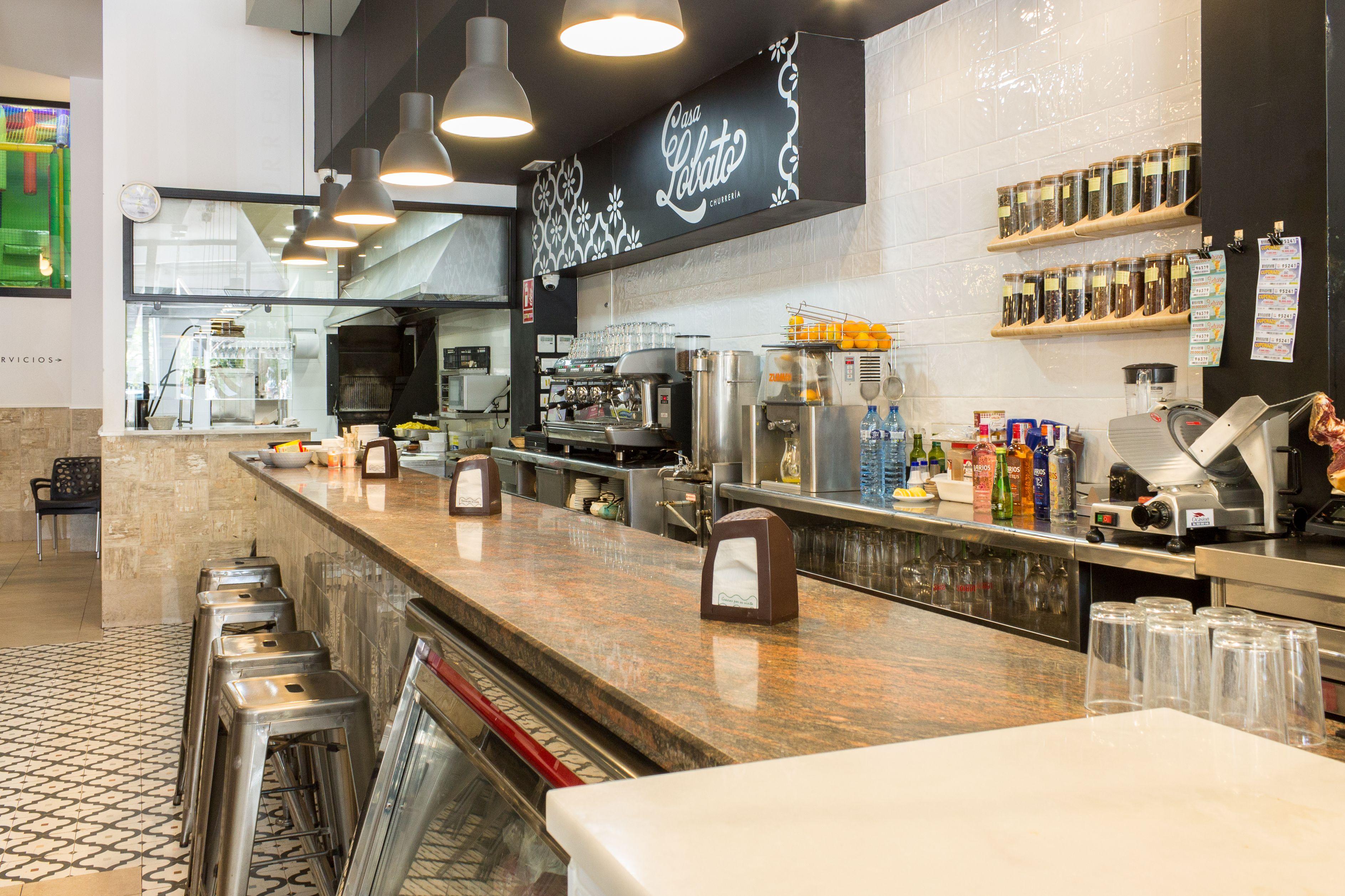 Zona bar del Restaurante cafetería Casa Lobato
