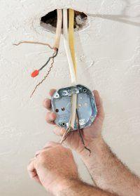 Instalaciones y reparaciones eléctricas