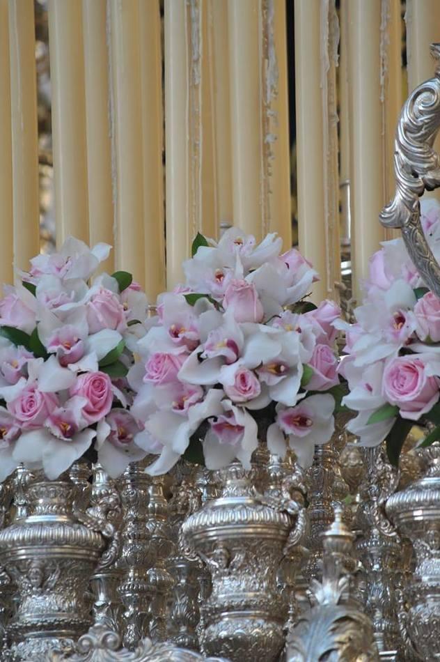 Flores para decoración de iglesias