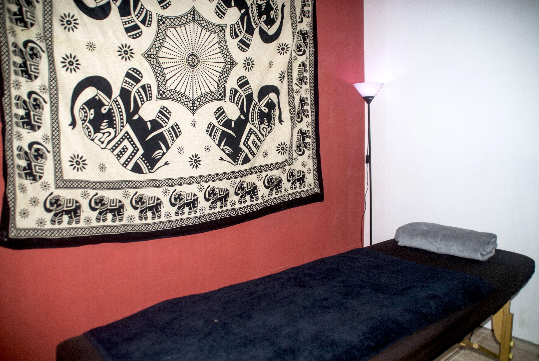 Tu centro de masajes en Inca y tratamientos con piedras calientes
