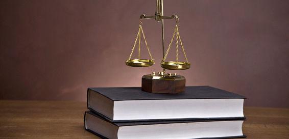 Especialistas en derecho mercantil y laboral en Santander