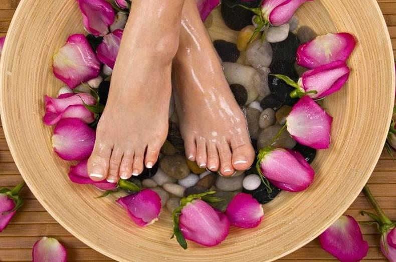 Cuida tus pies con nuestros tratamientos